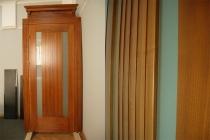 Межкомнатные двери массив